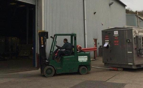 Plant hire : Fork Lift Trucks 2.5t to 12t